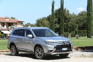 nuovo-mitsubishi-outlander-as3y0852-2