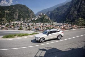 Mercedes-Benz GLC 350 e Coupé;  Exterieur: diamantweiß; Interi