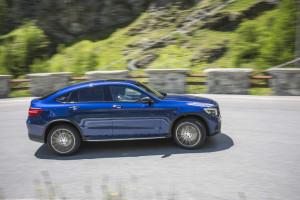 Mercedes-Benz GLC 250 Coupé;  Exterieur: brilliantblau; Interie